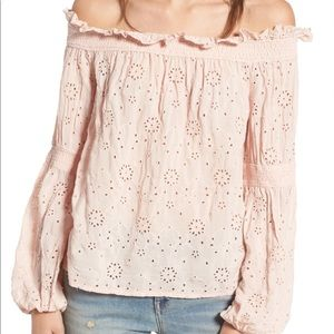 Hinge Off-the-Shoulder Ruffle Top